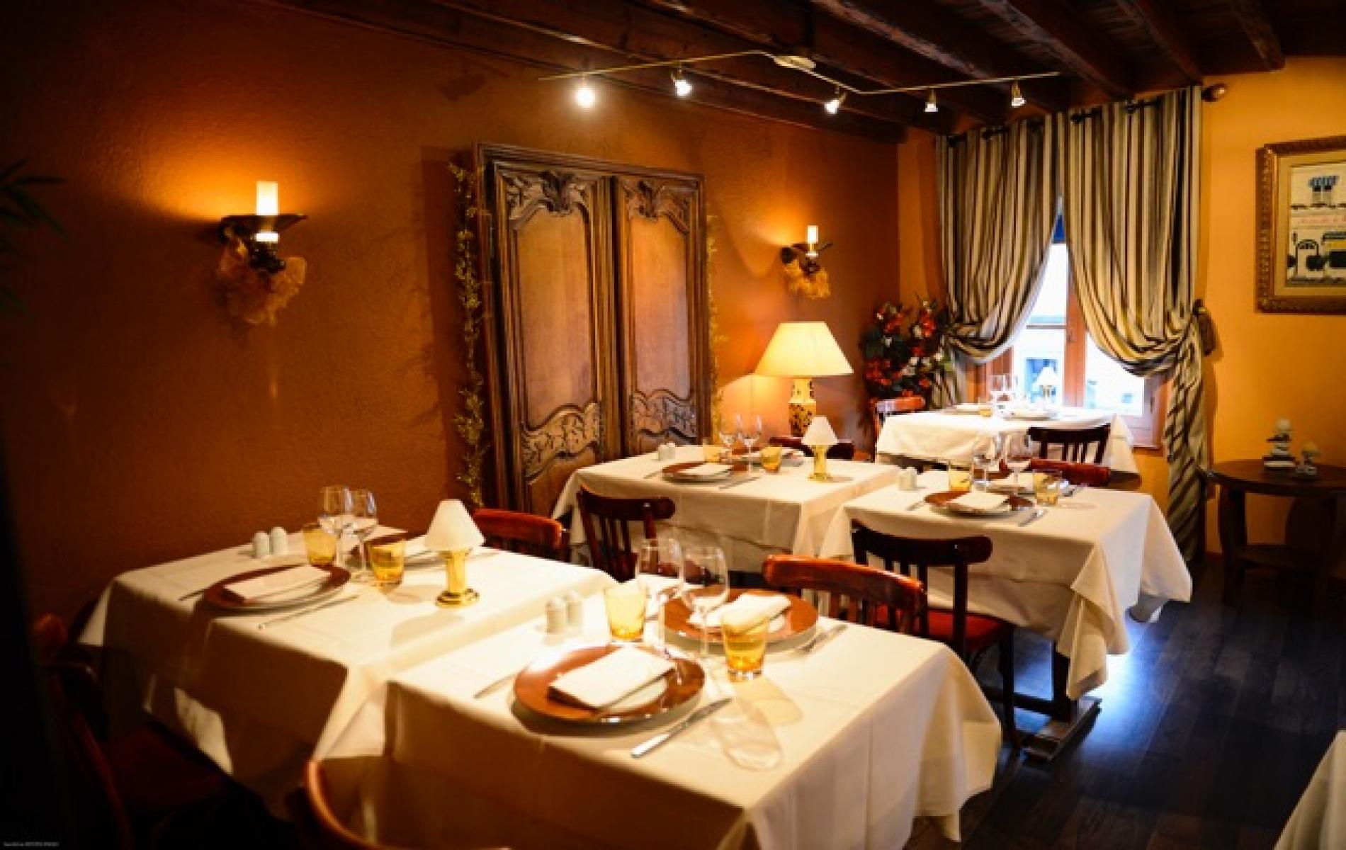 Deauville tourisme h tel almoria deauville for Restaurant le garage deauville